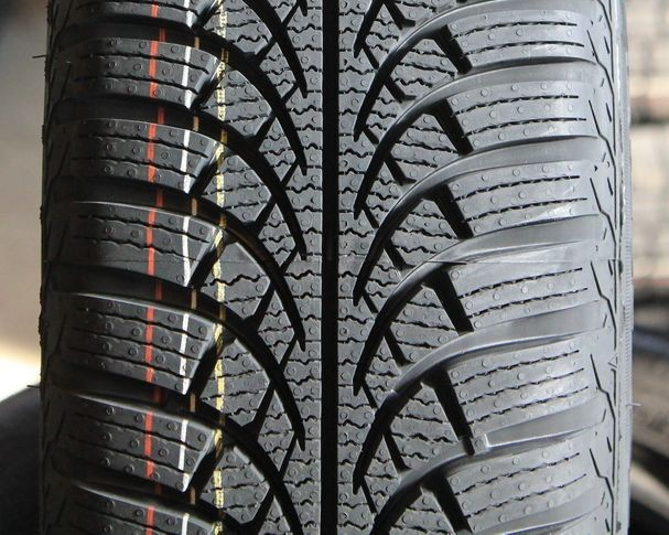 165/70 R14 [81] T VOYAGER WINTER - VOYAGER